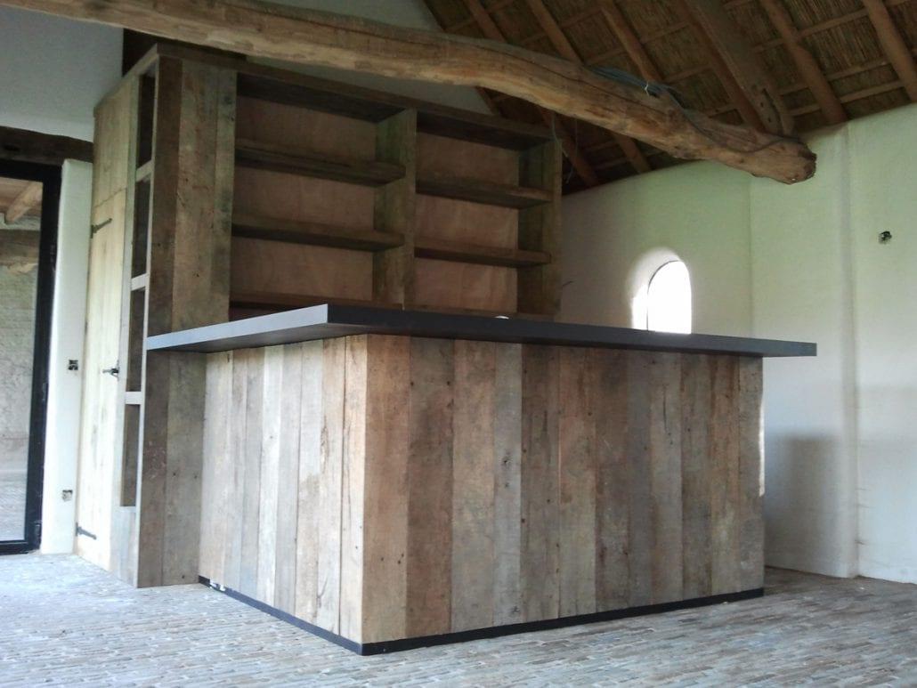 Bicolische Bar - Schillemans Parket & Interieurmaatwerk